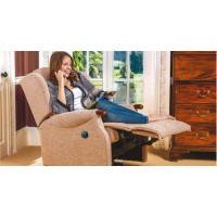 Lynton Knuckle Small Recliner